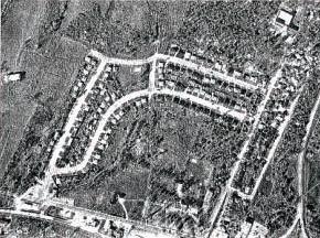Une photographie provenant de la section géomatique du ministère des Ressources naturelles du Canada, présente une vue aérienne du projet immobilier en 1968. On reconnaît le boulevard Taché au sud, en bas de la photographie. À l'ouest (à gauche), plus précisément à l'intersection du boulevard Taché et de la rue St-Dominique, on devine la présence d'un poste d'essence. Ce dernier voisine le populaire restaurant Le Royal Burger, bien connu pour son « drive-in », le premier à Hull.